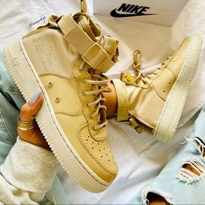 NWT Nike SF Air Force 1 mid